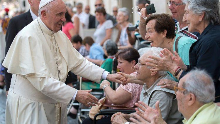 pape francois malades